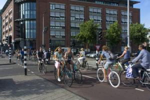 velosiped 300x200 - Амстердам - самые яркие впечатления о стране чудес