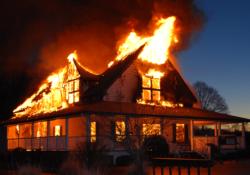 pojar 250x175 - Как защитить дом от пожара, 8 советов